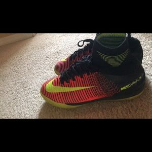 Shoes - indoor mercurial soccer shoes